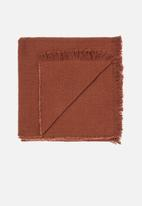 Linen House - Ario throw - paprika