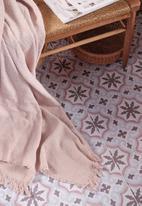 Linen House - Ario throw - petal