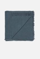 Linen House - Ario throw - teal