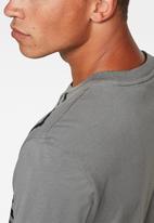G-Star RAW - Raw vertical logo short sleeve tee - grey