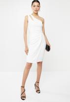 Sissy Boy - Girl boss: one shoulder dress with ruching - white