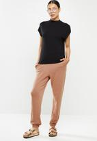 Cotton On - High waisted trackpant - rust tan/pigment dye