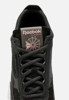 Reebok - CL Legacy - black / true grey