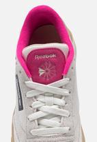 Reebok - Club c stacked - chalk / utility beige / proud pink