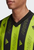 adidas Performance - Must haves graphics jersey tee - semi solar slime & black