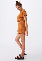 Cotton On - Tyler waisted short sleeve tee - golden brown