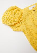 Superbalist - Off the shoulder blouse - yellow
