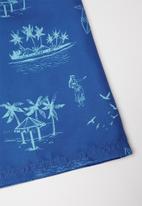 Rebel Republic - Tween boys printed board shorts - blue