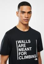 The North Face - Walls are for climbing tee - black