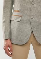 Jonathan D - Two button single breasted blazer with notched lapel - stone
