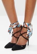 Plum - Gadara heel - black