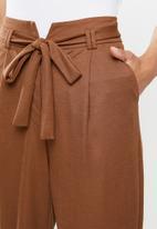 edit - Belted knit pique pant - tobacco