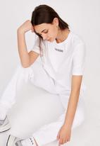 Factorie - Short sleeve raw edge crop graphic t shirt - washed ivory