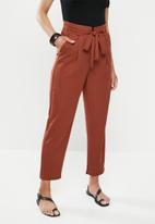 edit - Belted knit pique pant - rust