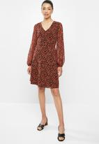 edit - Sheer balloon sleeve trapeze dress - red ditsy