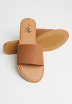 edit - Kody leather slide - tan