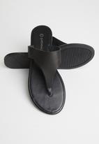 Superbalist - Tea leather slide - black