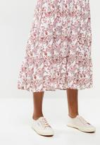 edit - Puff sleeve tiered maxi dress - pink & white