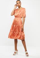 edit - Satin tiered midi dress - coral