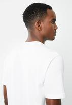 adidas Originals - 3d Trefoil short sleeve tee - white