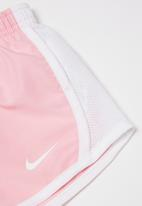 Nike - Nkg exclusive tempo short - pink