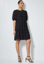 Superbalist - Babydoll tiered dress with special fabric - black