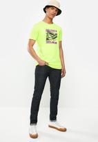 Diesel  - T-diegos-k33 t-shirt - yellow