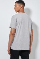 Superbalist - Logo crew neck tee - grey