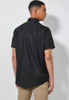 Superbalist - Theo regular fit summer shirt - black