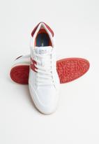 Replay - Blog fern - white & red