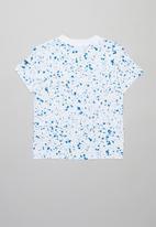 Nike - Nike speckle aop short sleeve tee - white