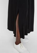 Vero Moda - Simply easy maxi skirt - black