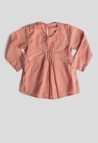 Sticky Fudge - Long sleeve pintuck blouse - salmon