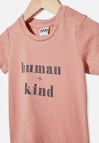 Cotton On - Jamie short sleeve tee - clay pigeon/human + kind