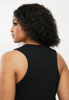 Blake - Sleeveless racer neck bodycon midi dress - black