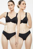 MAGIC®  Bodyfashion - 2 Pack dream invisibles thongs - black