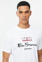 Ben Sherman - Chest print tee - white