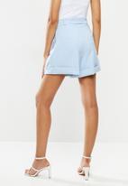 Sissy Boy - Girl boss: high waist shorts with buckle detailing - soft blue