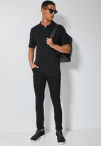 Superbalist - Luka slim pique pocket golfer - black