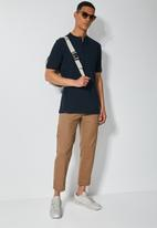 Superbalist - Siya slim pique mandarin golfer - navy