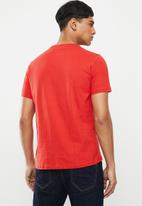 Ben Sherman - Chest print tee - red
