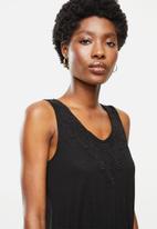 Jacqueline de Yong - Dodo sleeveless playsuit - black