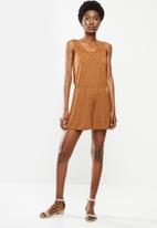 Jacqueline de Yong - Dodo sleeveless playsuit - tan