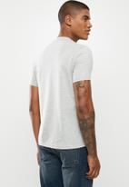 Ben Sherman - Layered chest print tee - grey