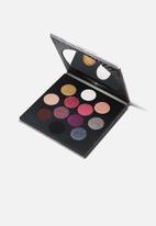 MAC - Rocket To Fame Eye Shadow x 12 Palette