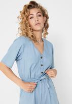 Jacqueline de Yong - Billy life 2/4 playsuit - light blue
