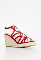 Plum - Janelle wedge - red