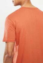 Quiksilver - Comp logo short sleeve tee - orange