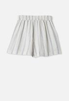 Free by Cotton On - Chelsea woven short - white & blue