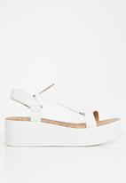 Call It Spring - Lancyy sandal - white
